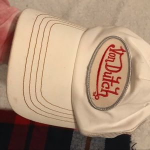 Von Dutch Accessories - White Von Dutch Trucker Hat